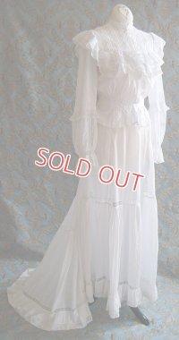 エドワディアン・ホワイトドレス