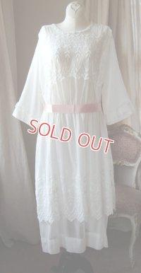 エドワディアン、ホワイトドレス