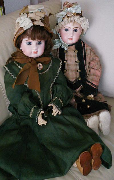 Victorian Children in Victorian Dresses.