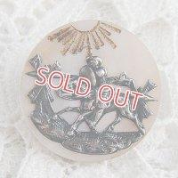 Don Quixote シェルと銀製のボタン
