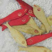 アンティーク・フォークアート、ボーンアイボリーのお魚型チップ (バラ売り)
