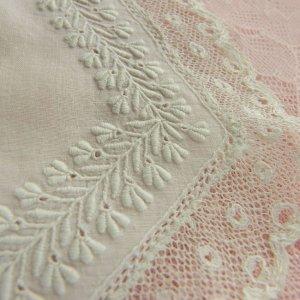 画像3: ヴィクトリアン・ホワイトワーク(白刺繍)ピース2枚