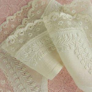 画像2: ヴィクトリアン・ホワイトワーク(白刺繍)ピース2枚