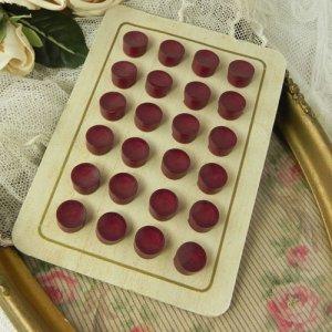 画像5: フランス、アンティークボタン・シート バーガンディ・ボタン バラ売り