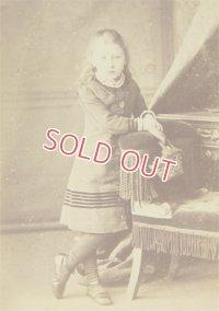 イギリス、エディンバラの小さな女の子のアンティークフォト