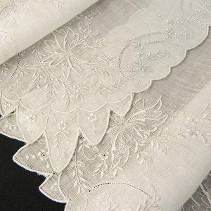 画像1: ヴィンテージ、ホワイトワーク(白刺繍)ハンキー2枚組