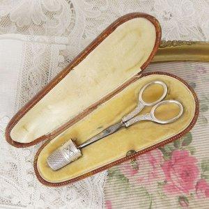 画像1: フランス、銀のソーイングセット